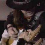 Corazón a 6 cuerdas: un recorrido por la historia y la pasión de la guitarra eléctrica, con Stevie Ray Vaughan – Little Wing