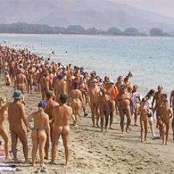 Nudismo foto sexo porno historia playa